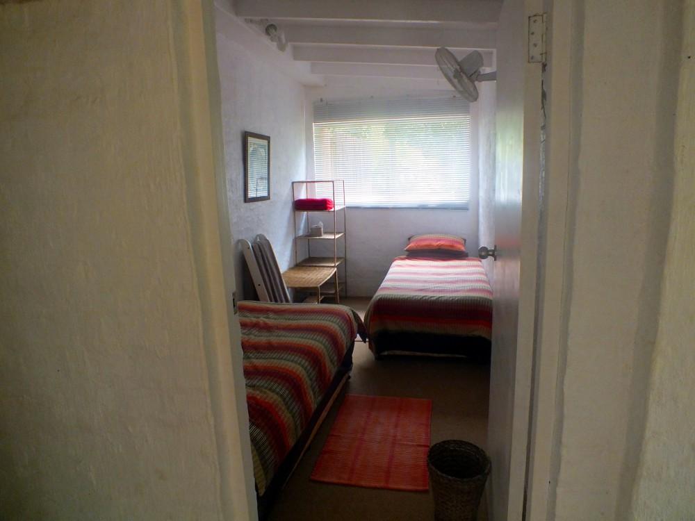 Madalas second bedroom